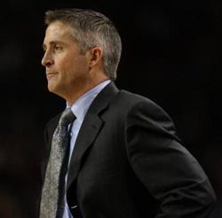 Dayton's Brian Gregory earns Jim Phelan mid-season coaching honors.